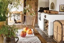 Classic & Farmhouse interiors / Beautiful and beamy, old and cosy, classic and and traditional homes.