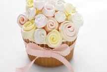 Cakes / The wonderful world of Cake. Cakes to make, cakes to bake, cakes to look at and drool!