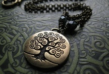 AMULETS, GOOD LUCK SYMBOLS