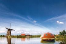 Bijzonder overnachten / Reddingscapsule in Friesland