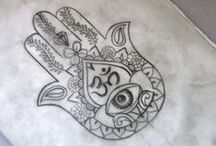 Happy Hamsa / A collection of Hamsa/Hand of Fatma motifs….