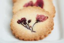 Dulcis in Fundo / Postres Dulces Dolci Dessert Torte Biscotti Galletas Cakes Cookies  / by Chiara Gai