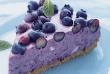 Make life sweeter / Desserts  / by Leigh Anne Zakariassen