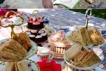 PICNICS FOR WEDDINGS AND BRIDAL SHOWERS / Ideas for a fun and stylish wedding picnic! / by Bellenza