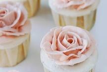 the sweet stuff / by Maria Carolina Lopez