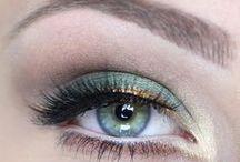 Makeup / by Sarah Heath
