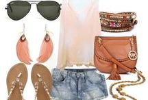 Outfits / by Emily Wilbanks