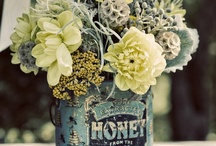 Blossoms, Blooms, Bouquets & Wreaths / by Angela Wonnacott