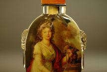 snuff bottles and boxes