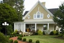 Home | Curb Appeal / Houses and homes that look great from out front! / by Jill Nystul  |  One Good Thing by Jillee