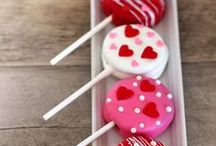 Celebrating Valentines Day Well / DIY, crafts, food, drinks and decorations to help you plan the ultimate, romantic Valentine's Day !