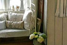 Living Room Inspiration / by Susan Taggart