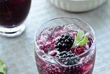 Food : Yummy Drinks / by Gina Aldrich
