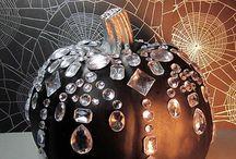 Halloween Decor Ideas / by Britanny Naylor