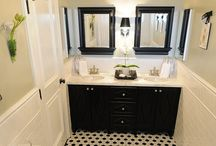 Bathrooms / by Bonnie Michaels