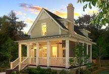 Cottages / by Bonnie Michaels