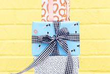 gifts and wrapping / Gifts, gift tags and wrapping