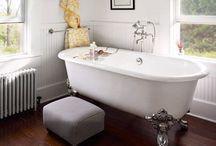 b a t h / Bathrooms
