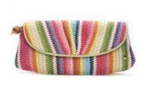 Crochet bags / by Sophie Coelho