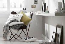 DECOR   living room  / by Stephanie Mayne