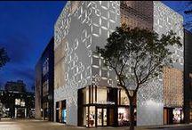 Retailer - Louis Vuitton / News about luxury retailer Louis Vuitton