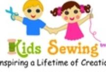 scuola di cucito per bambini - kid sewing class