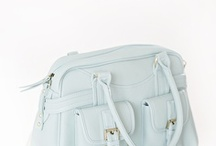 Pin it to win it - with Christina Greve / http://christinagreve.com/pin-win-elegant-feminine-camera-bag/