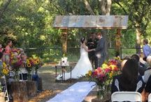 Outdoor Wedding Decor / This board provides many great for outdoor wedding decorations.