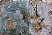 DIY ~ Petaloo Paintable flowers / Painting Petaloo DIY flowers with all types of paint, ink or sprays!
