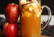 Cocktails / cocktails, mocktails, booze, drinks, drink recipe, alcohol, sangria, vodka, holiday cocktails