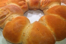 Breads and Rolls / by Laura Schnabel