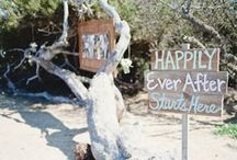 Beach Wedding Ideas / What could be more beautiful than getting married at the beach?