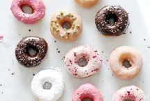 food   donuts / donuts all day, every day.