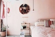 Bedroom Decor Ideas / From master bedrooms to kid bedrooms to small bedrooms, these are the most beautiful bedroom decor ideas.