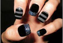 Nail Designs / by Cassie Bartlett