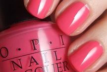 Suddenly, I'm obsessed with nail polish (and it's all pinterest's fault) ...