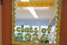 ECED ~ Classroom Door Decor/Bulletin Board Ideas / by Hannah Dailey