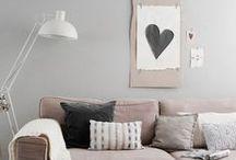 Living Room / Mi piacerebbe avere una sala da rivista... no industriale, no stilenaturale, no enorme... non lo so. Mi basta sia accogliente!