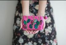 Bags, Purses, Clutches & Totes - On ArtFire / Bags, Purses, Backpacks, Fanny Packs, Totes, PDF Patterns. Oh the awesome designs you'll find when you browse for Bags & Purses on ArtFire! / by Artfire.com