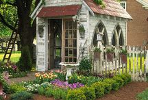 Cool Sheds / by Renee Kerby