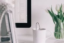 Work from Home Tips / Do you need tips and advice on how to work at home? Find lots of encouragement, inspiration and practical help for moms on working from home, with and without kids.