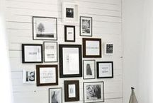 Photo wall displays / Photo wall displays I Photowall inspiration I How to arrange photos to the wall