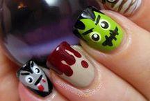Halloween Nail Art | Make-Up Ideas | Simon Jersey / by Simon Jersey | Uniforms
