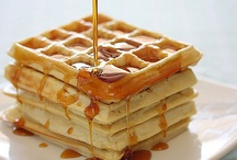 waffles / by Tere Paez