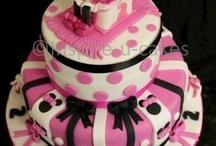 Awesome Cakes / by Tammy Davis