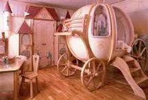 Girl's Room / by Kimberly Leonhard