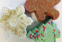 Holiday Themed Baths / Celebrate any holiday with a themed bath to relax. Take a look at some of our top holiday themed bath products.