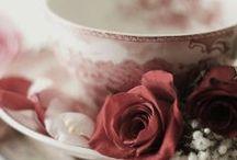 ღ.¸¸.✿❤Fresas con nata - Strawberries with scum / by Elisabeth  ღ.¸¸.✿❤