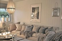 LIVING ROOM / by Loutchie