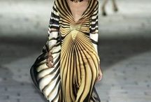 Fashion / Soms kom geweldige ontwerpen tegen die je inspireren. Op dit bord vind je prachtige stijlen en vormen.